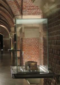 Le vase original exposé au Palais des Beaux-Arts de Lille - Ch. Hugot - « Insula »